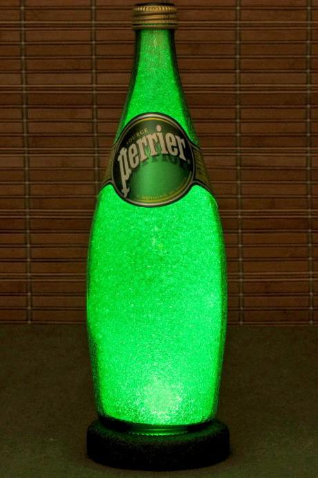 Perrier French Spring Water 24 oz LED Bottle Lamp Bar Light Night Light Emerald Green Sparkle and Glow Man Cave